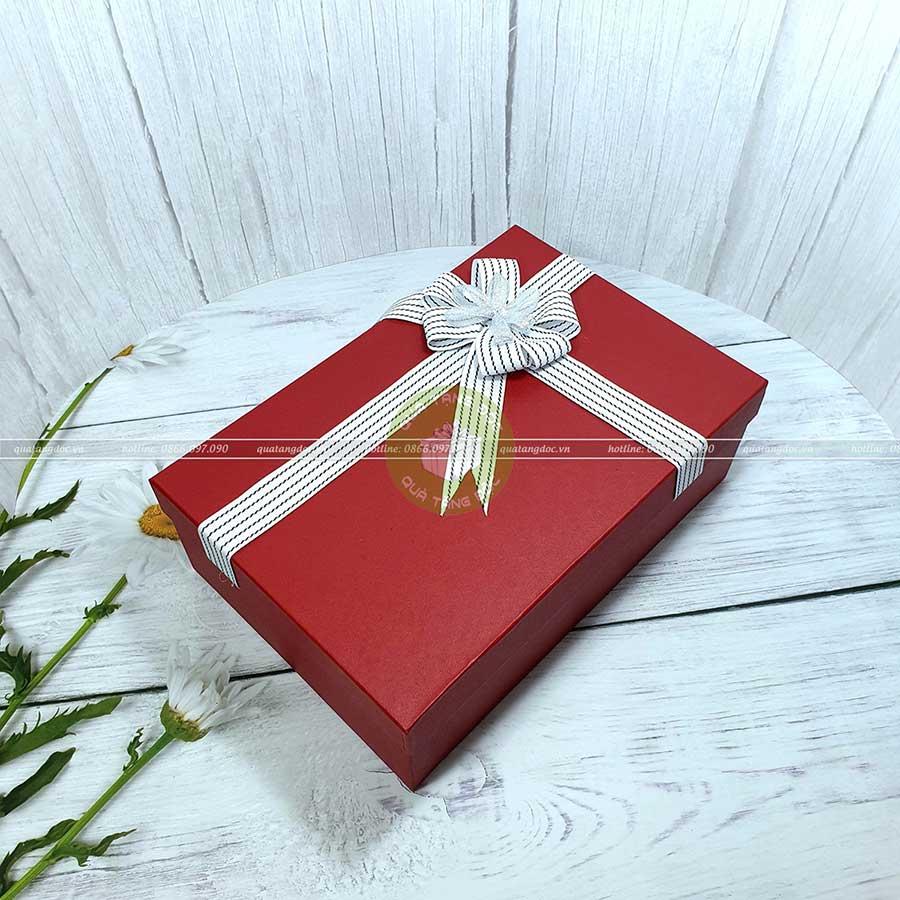 Hộp quà tặng đẹp HQ08 - Kích thước 30x20x10